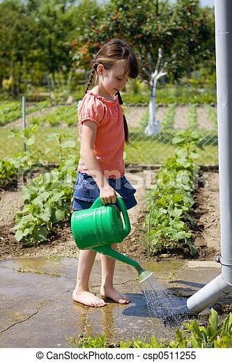 ילדה, גן - csp0511255