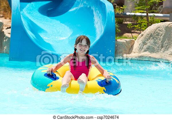 ילדה, לשחק בריכה - csp7024674