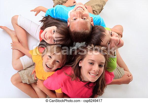 ילדים, שמח - csp6249417