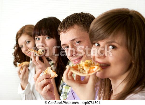 מצחיק, לאכול, קמפיין, אנשים, ארבעה, אושר, קוקאייזיאני, פיצה - csp9761801
