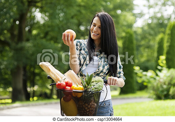 סגנון חיים בריא - csp13004664