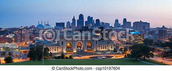 קו רקיע של עיר, קאנזס, panorama. - csp10197604