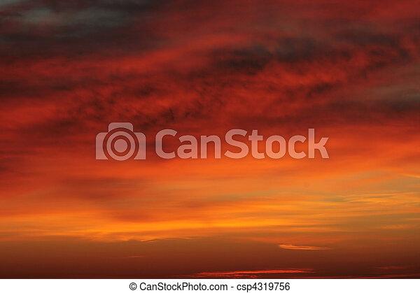 שמיים, עלית שמש, מעונן - csp4319756