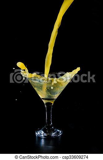 ある, ガラス, 注がれた, ジュース - csp33609274