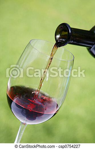 たたきつけるワイン - csp0754227