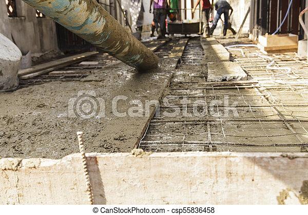たたきつける, 基礎, 労働者, フォーカス, セメント, 建設, トラック, から - csp55836458