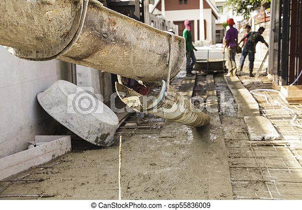 たたきつける, 基礎, 労働者, フォーカス, セメント, 建設, トラック, から - csp55836009