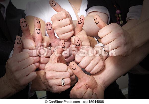 の上, 多数, 親指, 笑い, ショー - csp15944806