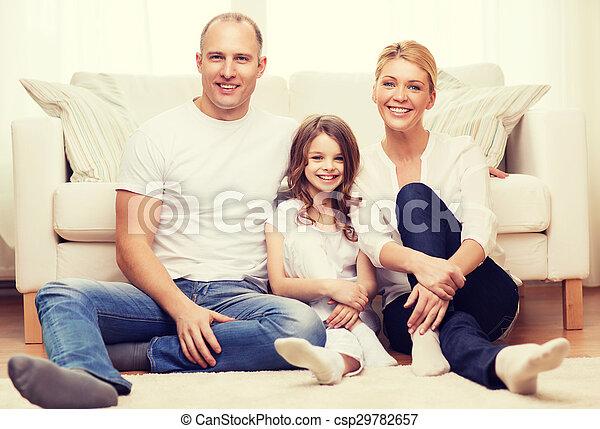 わずかしか, 床, モデル, 親, 家, 女の子 - csp29782657