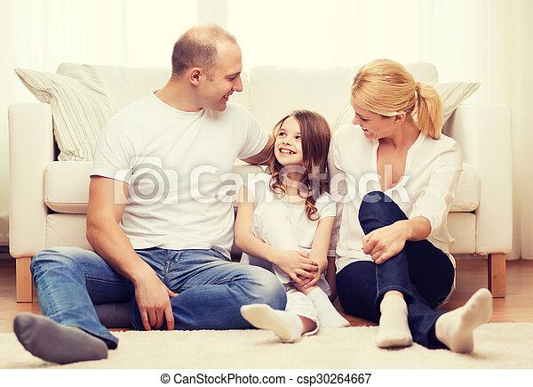 わずかしか, 床, モデル, 親, 家, 女の子 - csp30264667