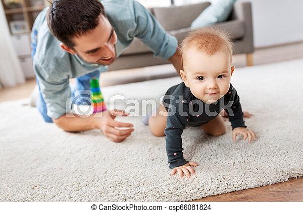 わずかしか, 父, 赤ん坊, 家, 女の子, 幸せ - csp66081824