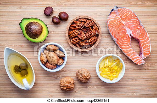 オメガ, 不飽和, クルミ, , 食事である, 食品。, 繊維, 健康, 源, board., e, アーモンド, 食物, 切断, fats., 極度, ビタミン, オイル, 3, 高く, 選択,  - csp42368151