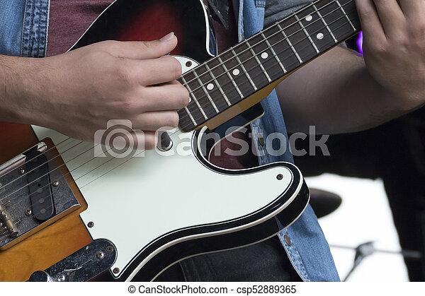 ギター プレーヤー - csp52889365