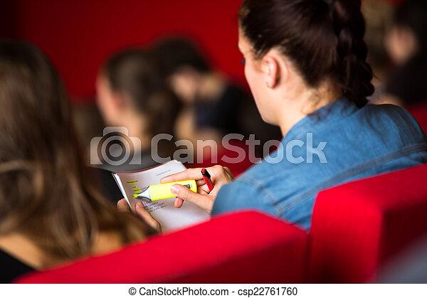 クラス, 女性, モデル, メモ, 学生, 取得, 大学 - csp22761760