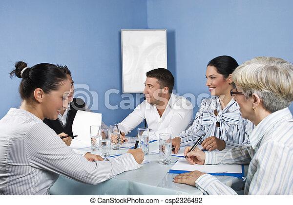 グループ, ビジネス 人々, 楽しみ, ミーティング, 持つこと - csp2326492