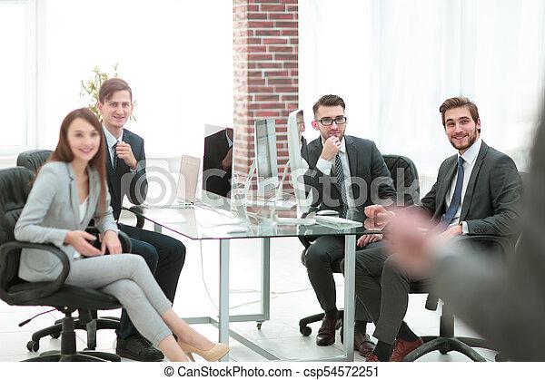 グループ, ビジネス 人々, offic, 背景, ミーティング - csp54572251