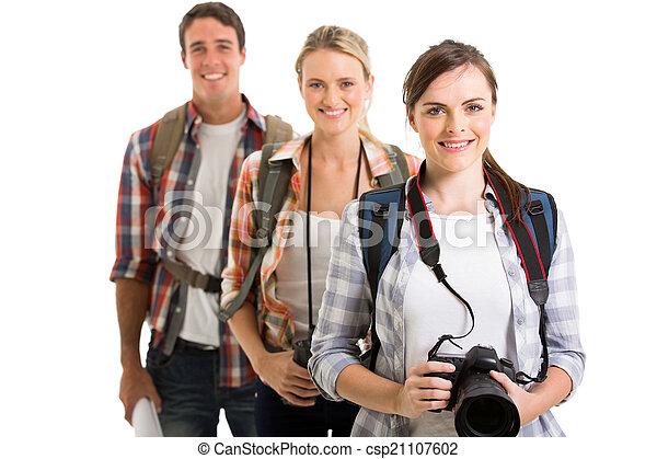 グループ, 若い, 観光客 - csp21107602