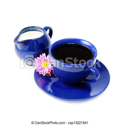コーヒー, 花, 水差し, カップ, アスター, 生活, 隔離された, バラ色, 背景, 白, まだ, ミルク - csp13221941