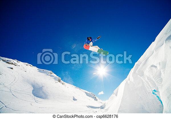 ジャンプ, スノーボーダー - csp6628176