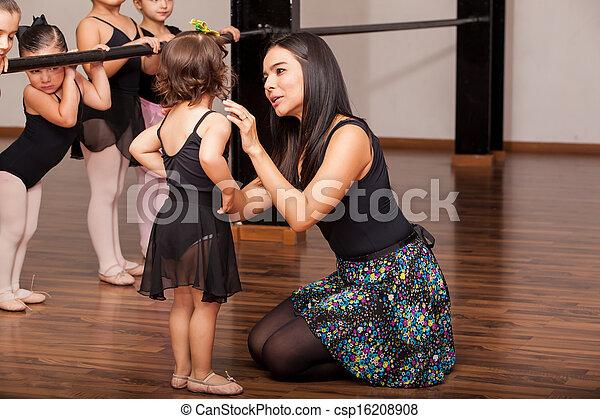 ダンス教師, 慰めとなる, 学生 - csp16208908