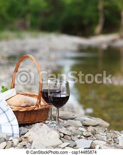 チーズ, ピクニック, ワイン, サービスされた, 赤, bread - csp14485874