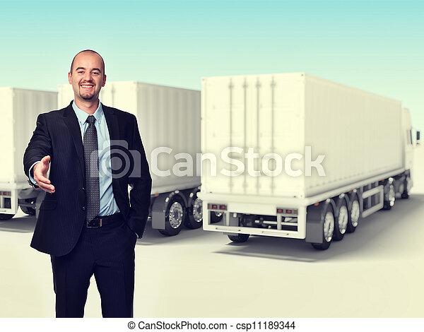 トラック, 人 - csp11189344