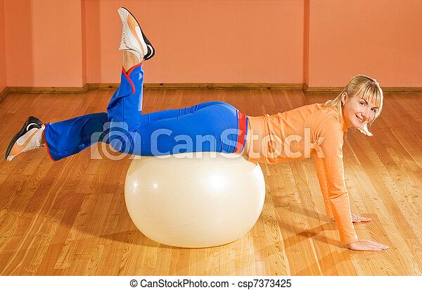 トレーナー, fitball, フィットネス - csp7373425