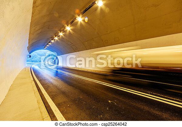 トンネル, ライト - csp25264042
