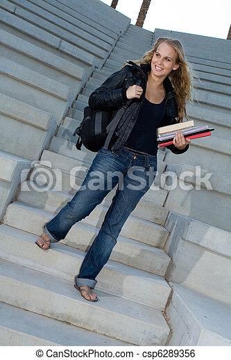 バックパック, 本, 大学生, キャンパス, 幸せ - csp6289356