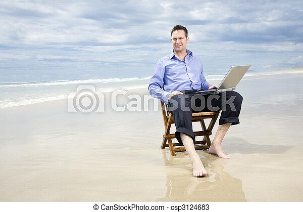 ビジネス, モデル, ラップトップ, 椅子, 浜, 人 - csp3124683