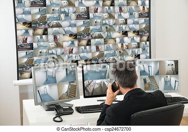 フィート数, cctv, システム, 見る, オペレーター, セキュリティー - csp24672700