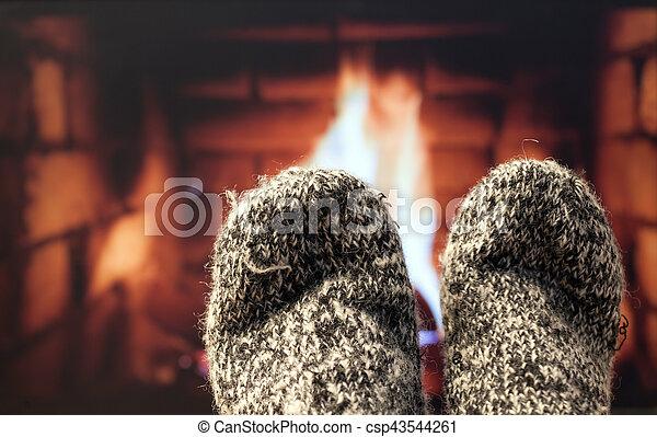 フィート, 毛織りである, 暖炉, ソックス - csp43544261