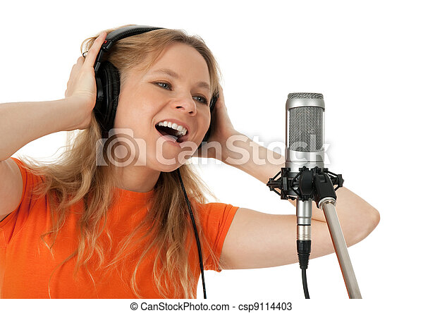 マイクロフォン, 女, 若い, tシャツ, オレンジ, 歌うこと - csp9114403