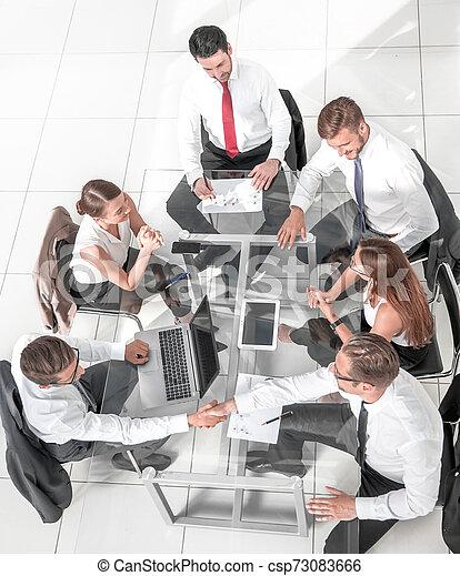 ミーティング, グループ, ビジネス 人々 - csp73083666