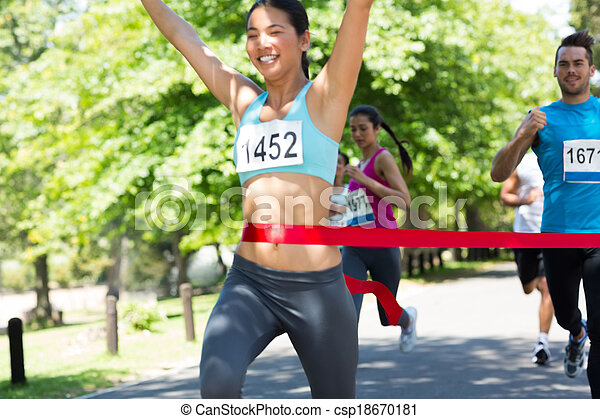 ランナー, 線, 終わり, 交差, マラソン - csp18670181