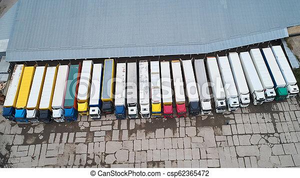ロジスティクス, 都市, 商品, 航空写真, 中心, 地域, above., 産業, warehouse., 光景 - csp62365472