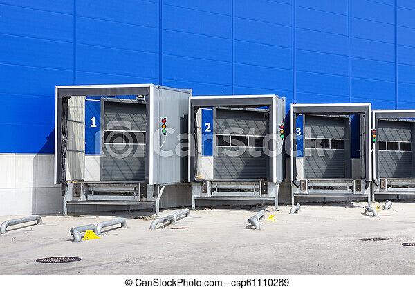 ロジスティクス, center., ローディング, ドッキング, 場所, 現代, ドック, warehouse., 分配 - csp61110289