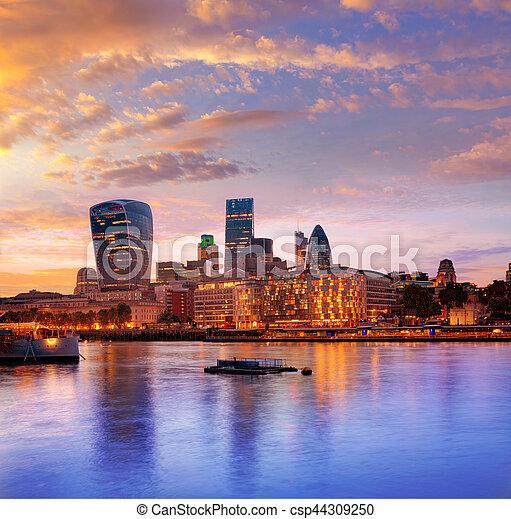 ロンドン, スカイライン, 財政, 日没, 地区 - csp44309250