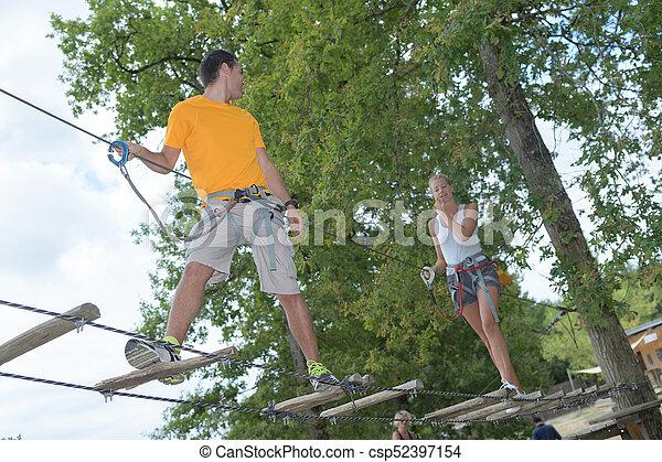 ロープ, 恋人, 公園, 冒険 - csp52397154