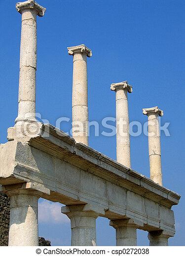 ローマの残骸 - csp0272038