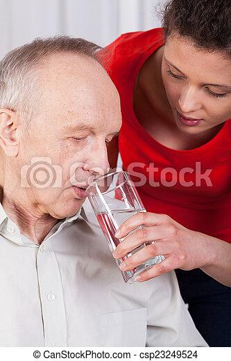 不具, 水, 看護婦, 助力, 飲むこと - csp23249524