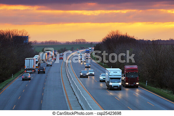 交通, 卡車, 高速公路 - csp25423698