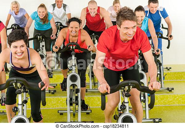 人々, ジム, くるくる回る, スポーツ, クラス, 練習 - csp18234811