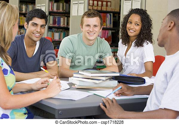 人々, 勉強, 図書館, 5, focus), (selective - csp1718228