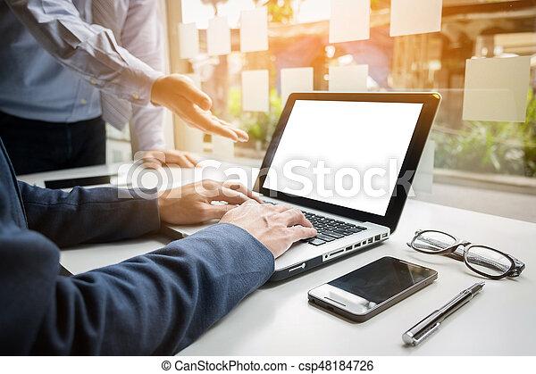 仕事, タブレット, ビジネス, グラフ, concept., 机, 電話, コンピュータ, デジタル, 手, ビジネスマン, 痛みなさい - csp48184726