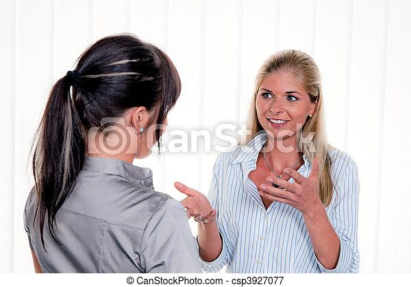 会話, 女性, オフィス, arbitsplatz - csp3927077