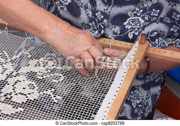 伝統的である, 刺繍 - csp8203769