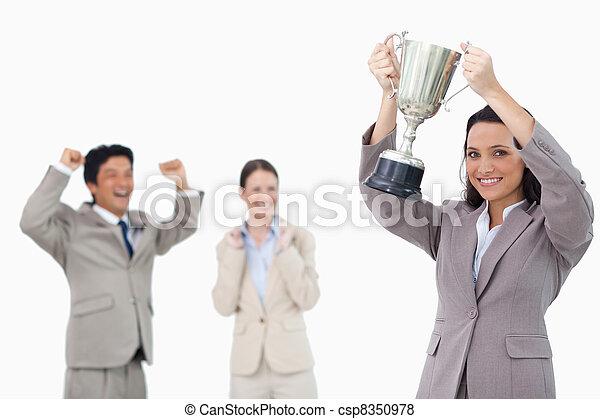 保有物のコップ, 微笑, 女性実業家 - csp8350978