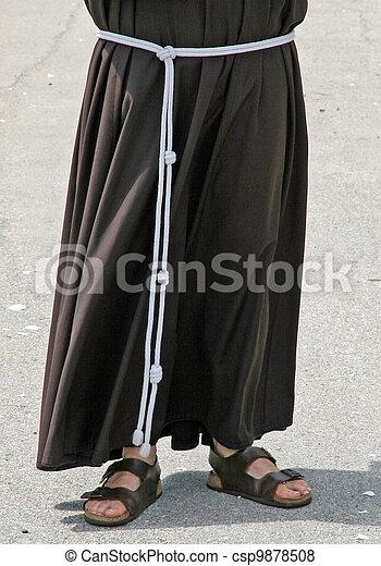 修道士, サンダル, はだしで, 習慣 - csp9878508