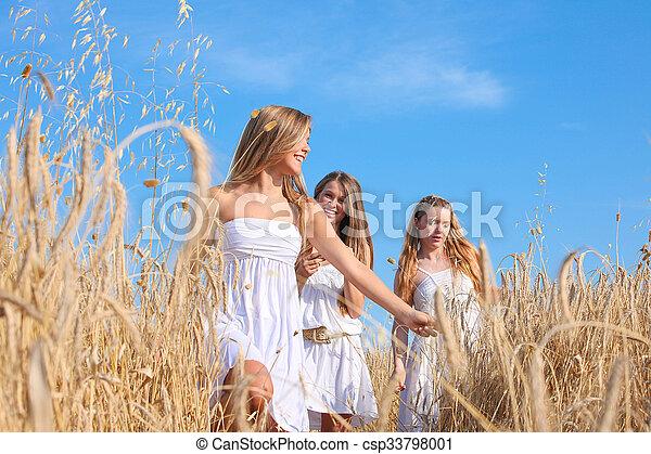健康, グループ, 若い女性たち - csp33798001